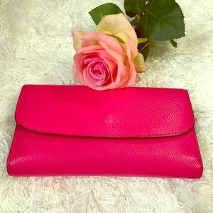 Coach Hot Pink (Ruby) Trifold Checkbook Wallet 🌺